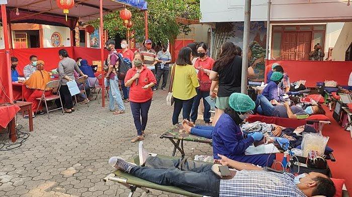 Minim Stok Darah Saat Ramadan, PMI Kota Mojokerto dan Pengurus Klenteng Hok Sian Kiong Lakukan Ini