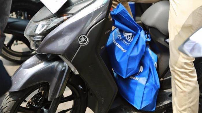Doubel Hook Yamaha Gear 125, Kenyamanan Tanpa Batas Saat Angkut Barang Banyak