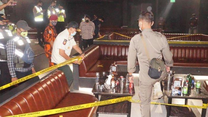 PPKM Surabaya, Ada Cafe Bandel Buka Hingga Tengah Malam, Petugas Pun Menyegelnya