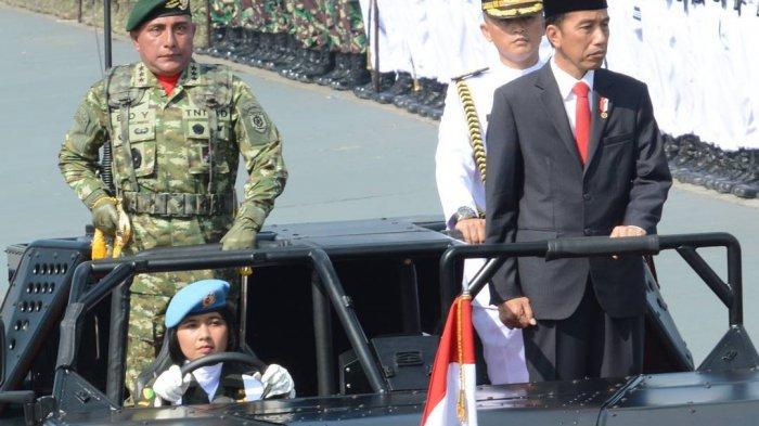 Jangan Gagal Fokus, Warganet Heboh Driver Presiden Jokowi saat Inspeksi Pasukan pada HUT TNI