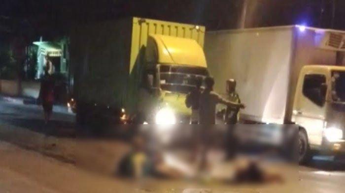 Naik Motor Bonceng Bertiga dan Dihantam Truk saat Menyeberang, Dua Perempuan Tuban Tewas