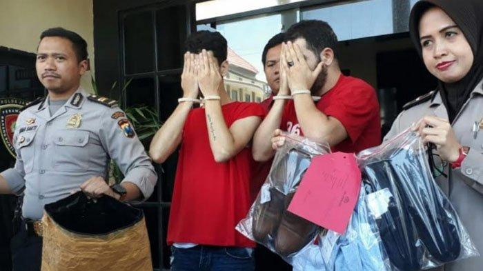Dua Pria Aljazair Tertangkap Curi Pakaian Senilai Rp10 Juta di Tunjungan Plaza. Begini Modusnya