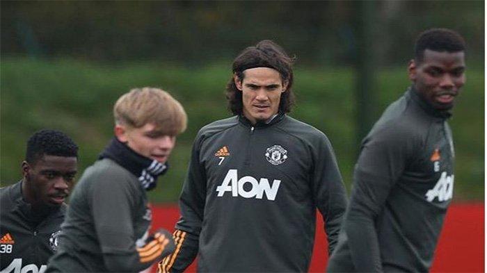 Striker Anyar Manchester United, Edinson Cavani
