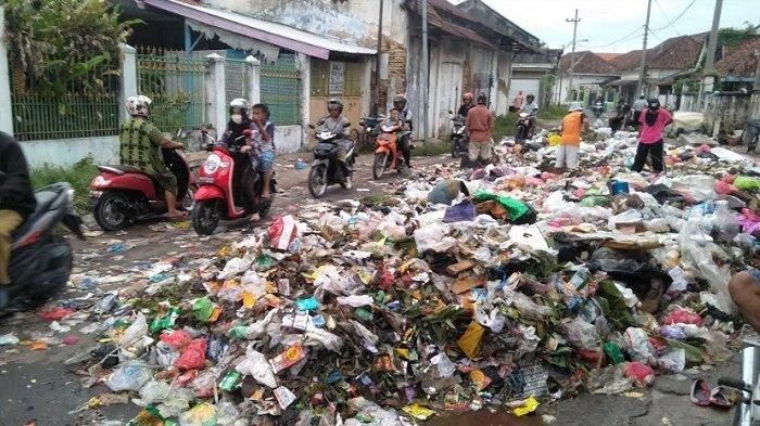 Bupati Bangkalan Sebut TPA Buluh di Socah Bangkalan Berpotensi Dibuka Kembali