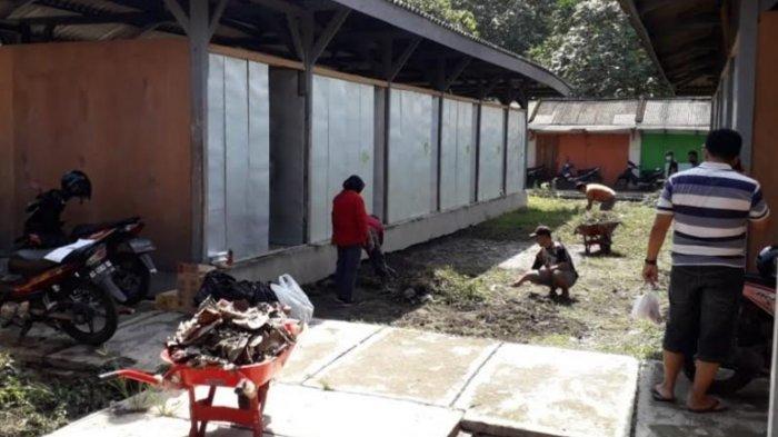 Tunggu Relokasi, Eks Pedagang Jalan Mastrip Blitar Ditampung Sementara di Bekas Pasar Burung Dimoro