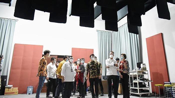 Dampingi Menperin Agus Gumiwang, Wagub Emil Apresiasi Sinar Baja Electric Sebagai Pabrik Speaker
