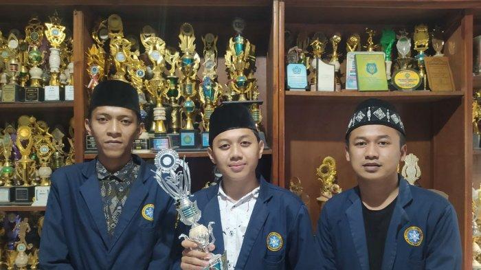 Borong Juara dalam Perhelatan Debat Bahasa Arab se-Asia, Begini Resep Mahasiswa UNUJA