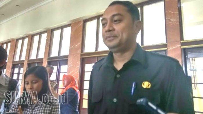 Gaji Guru Sekolah Swasta di Surabaya akan Setara UMK, Yayasan Diminta Terbuka soal ini