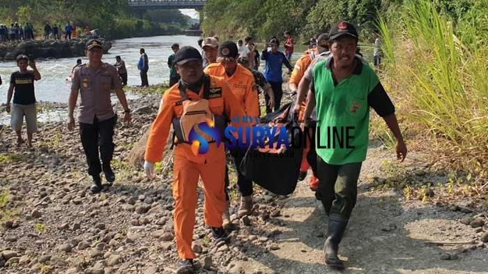 Breaking News - Jasad Pria Ponorogo yang Tenggelam di Sungai Brantas Blitar Akhirnya Ditemukan