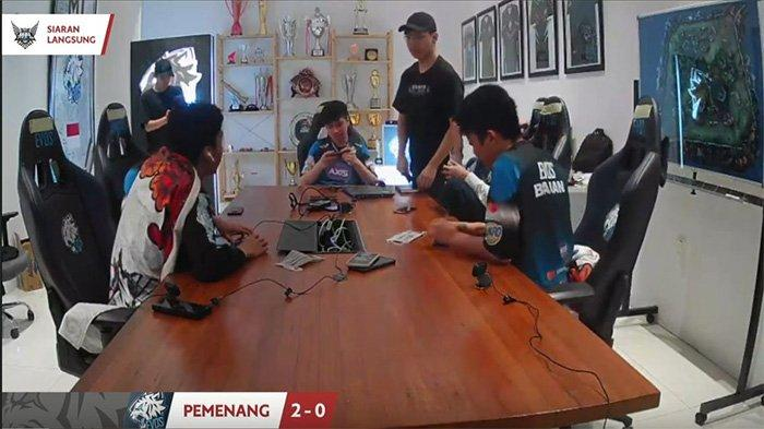 EVOS Legends menang melawan Geek FAM di MPL Season 6 Week 6 Day 2