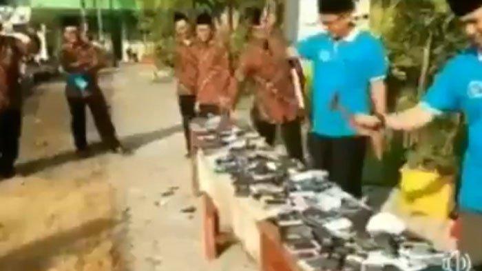 Fakta di Balik Video Viral Ratusan Ponsel Siswa Dimusnahkan di Jombang, Terungkap Data Mengejutkan