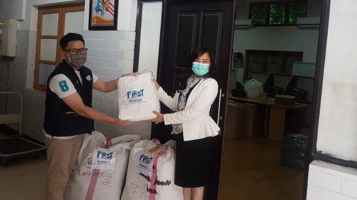 First Media Peduli Tenaga Medis, Donasi 4.500 Alat Pelindung Diri ke 12 RS Rujukan COVID-19