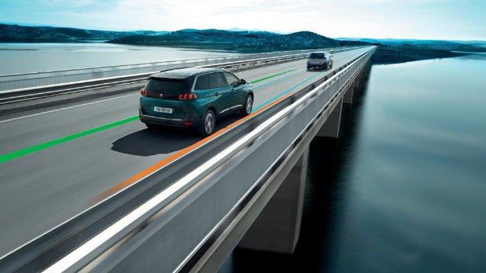 Fitur Cerdas di Peugeot 3008 & 5008 Allure Plus, Bisa Ingatkan Sopir saat Kondisi Mengantuk