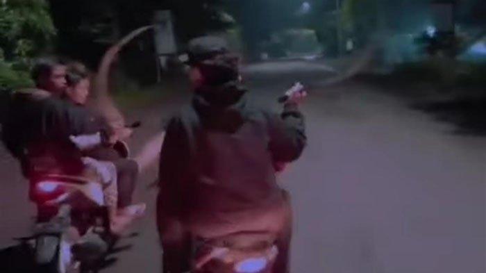 Video Gangster Sidoarjo Acungkan Celurit Viral, Mereka Anak SMP dan SMA, Kini Ditangkap Polisi