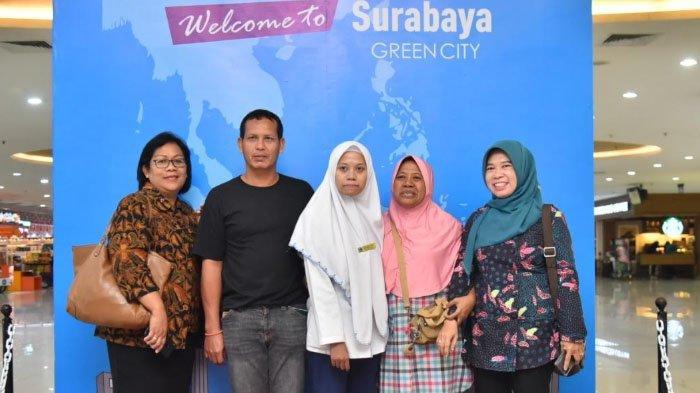 Kisah Salsa, Penerima Beasiswa Genmas Pemkot Surabaya yang Ayahnya 5Tahun TKI Ilegal di Malaysia
