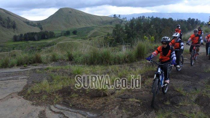 Gowes di Kawah Wurung Kecamatan Ijen, Kabupaten Bondowoso, Jatim