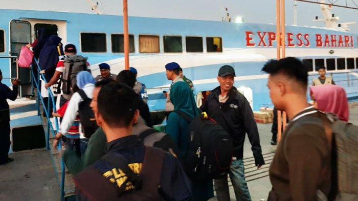 Alasan KapalExpress Bahari Protes terhadap Jadwal Baru Pelayaran oleh Dishub Gresik