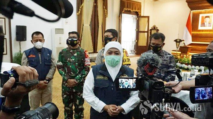 Gubernur Khofifah Mengaku Siap Jadi Orang Pertama di Jatim yang Disuntik Vaksin Covid-19