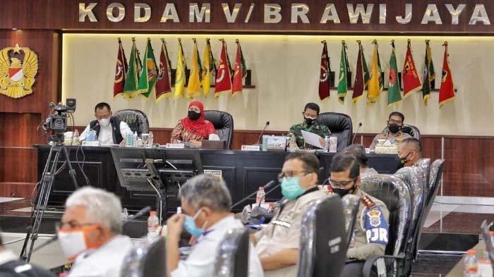 Antisipasi Lonjakan Kasus Covid-19 Pasca-Lebaran 2021, Khofifah Kumpulkan Kepala Daerah se-Jatim
