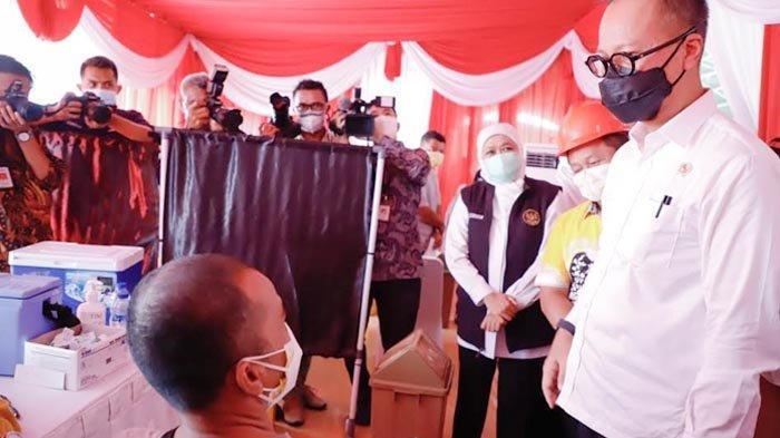 Gubernur Khofifah Cicil Vaksinasi untuk Industri Padat Karya Aglomerasi di Surabaya Raya