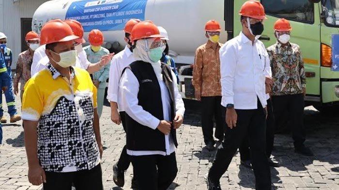 Gubernur Khofifah Minta Masyarakat Jatim Doakan Kiai Miftachul Akhyar agar Kondisinya Tetap  Baik