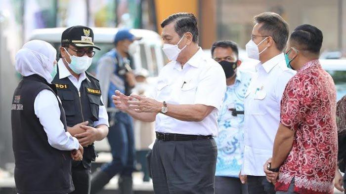 Menko Luhut dan Menkes Budi Sambangi Pasien Covid-19 yang Jalani Isolasi di BPSDM Malang