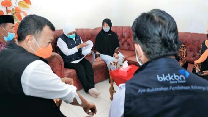 Gubernur Khofifah Turun Langsung pada Pendataan Keluarga di Ponorogo, Dukung Program Prioritas BKKBN
