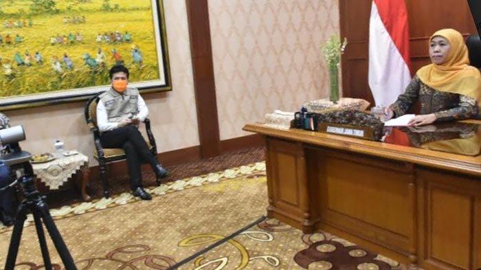 Lakukan Video Conference dengan Presiden, Gubernur Khofifah Upayakan Percepatan Pencegahan Covid-19
