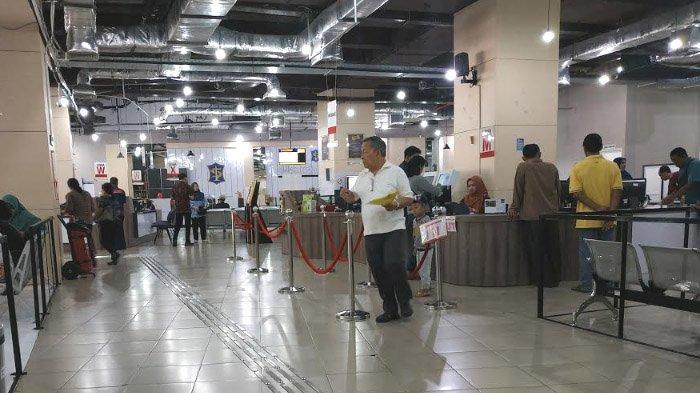 Penyandang Tunanetra Keluhkan Jalur Ramah Disabilitas di Gedung Siola Tak Tuntas