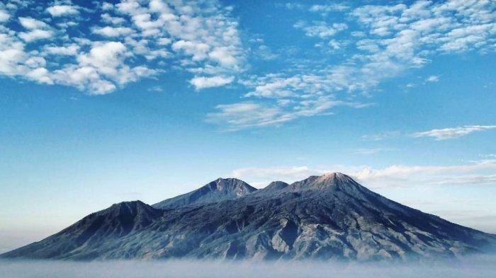 Mendaki Gunung Arjuno : Mencapai Puncak Adalah Bonus