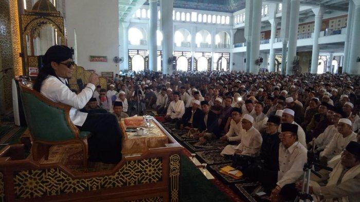 Video Gus Miftah di Masjid Al Akbar Surabaya, Cerita Tak Gentar Dakwah di Tempat Hiburan Malam