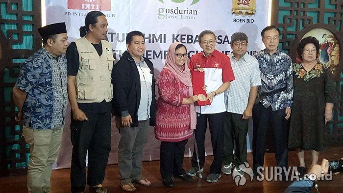 Cerita Hilangnya Ramon Magsaysay Award Milik Gusdur yang Akhirnya Ditemukan Gusdurian di Surabaya