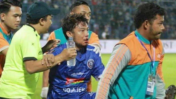 Demi Hadapi Persebaya,Pemain Arema FC Hamka Hamzah dan Comvalius Absen saat Lawan Kalteng Putera