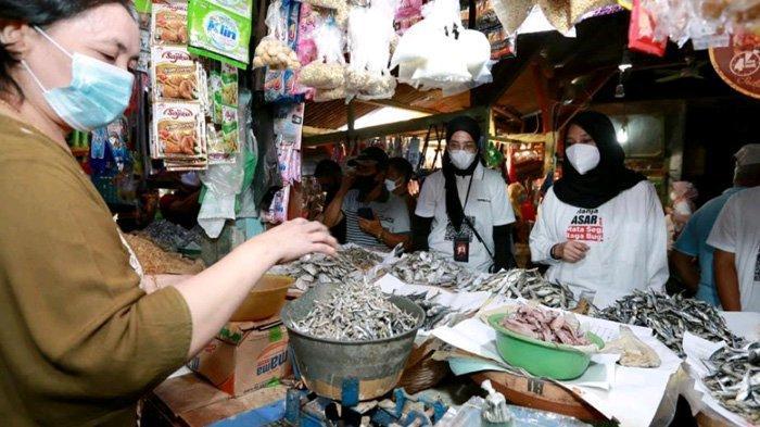 Jualan Lebih Laris, Pedagang Minta 'Hari Belanja ke Pasar dan UMKM' Banyuwangi Terus Diadakan
