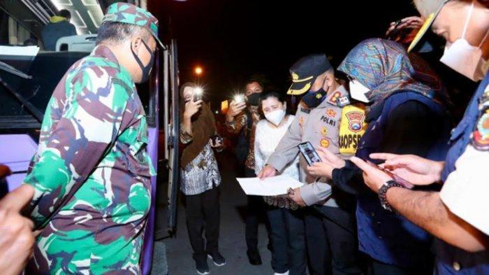 Sidak Pelabuhan Ketapang, Forpimda Banyuwangi Temukan Penumpang Tanpa Surat Anti Covid-19