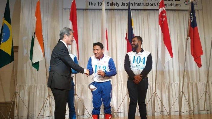 Sisihkan 11 Negara, Instruktur Safety Riding MPM Juara di Jepang