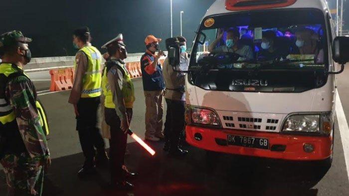 Penyekatan Exit Tol Madyopuro Berakhir, 923 Kendaraan dari Luar Malang Raya Diputar Balik