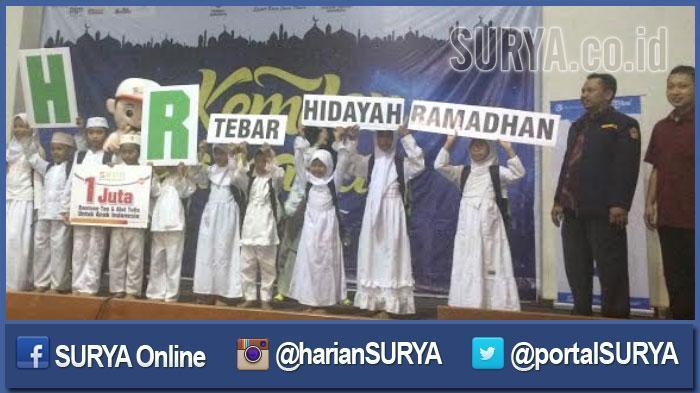 Kemilau Ramadan Harian SURYA Berbagi Kebahagiaan dengan 30 Panti Asuhan - harian-surya-di-balai-pemuda-surabaya_20160626_220836.jpg