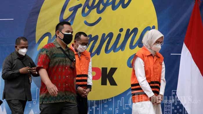 BREAKING NEWS - Bupati Probolinggo, Puput Tantriana Sari dan Suaminya Dijerat Pencucian Uang