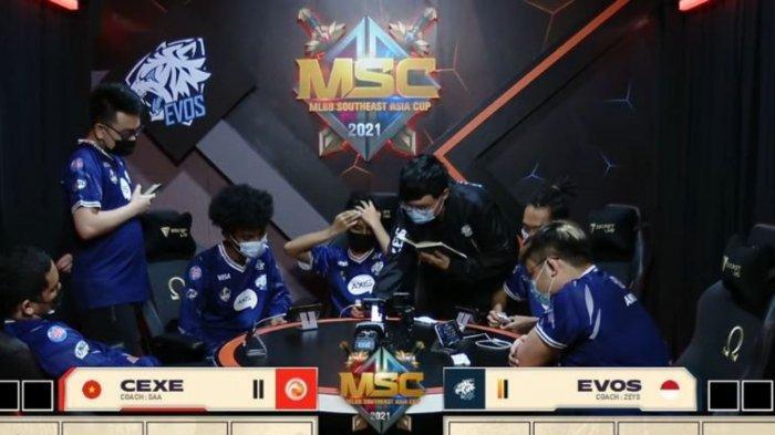 Hasil MSC 2021: EVOS Legends Pastikan Tiket Upper Bracket Playoff Usai Tumbangkan Cyber Exe Vietnam