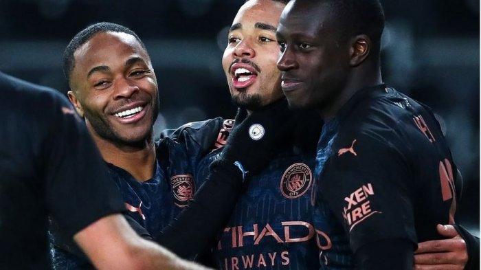 SEDANG Berlangsung Link Live Streaming Everton vs Man City: Foden dan Sterling Starter