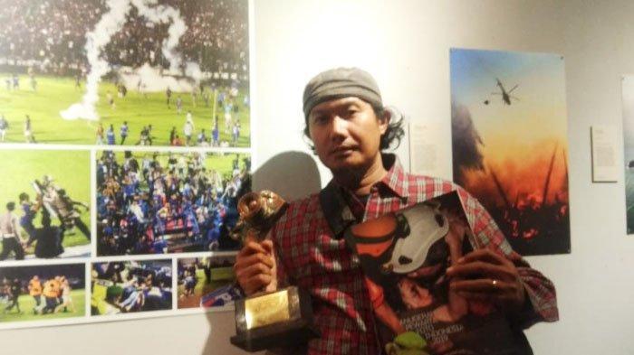 Potret Ricuh Laga Arema FC Vs Persib Bandung Antar Pewarta Foto SURYA Raih Gelar Juara APFI 2019