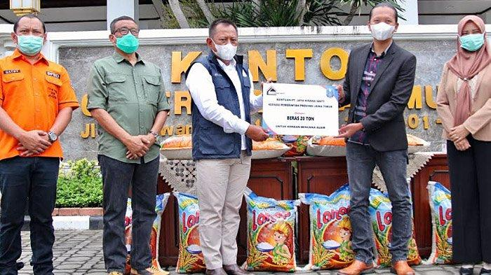 Pemprov Jatim Terima Bantuan 20 Ton Beras untuk Korban Bencana di Kalsel dan Sulbar