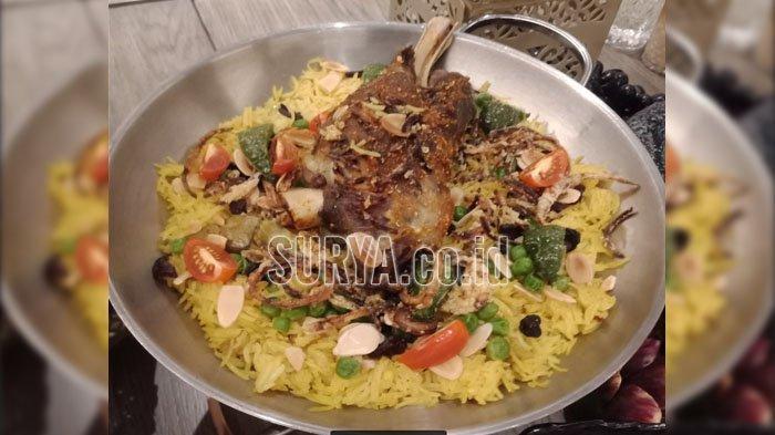 Mencicipi Lamb Ouzi Khas Timur Tengah dalam Menu Ramadan The Westin Surabaya