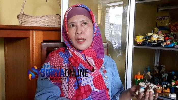 Avy Chujnijah, Kolektor Mainan Hadiah Restoran Cepat Saji Selama 25 Tahun