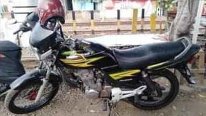 Maling Sepeda Motor Beraksi di Permukiman Padat Penduduk Kota Surabaya