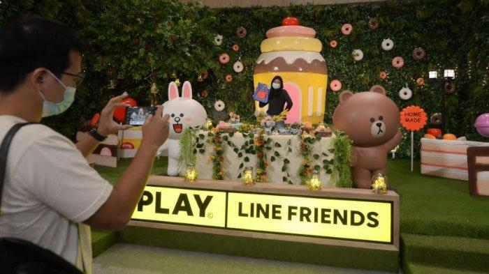 Bertemu Empat Karakter Line Friends di Hutan Ajaib Penuh Permen di Pakuwon City Mall Surabaya