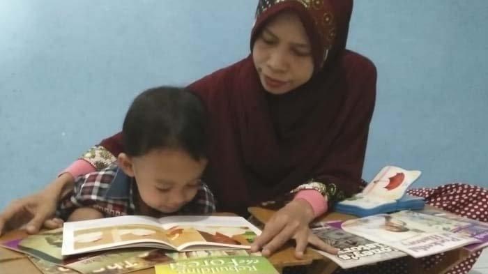 Cara Mendorong MinatBaca Anak,Pusat Studi Literasi Unesa Gelar Sarasehan Literasi