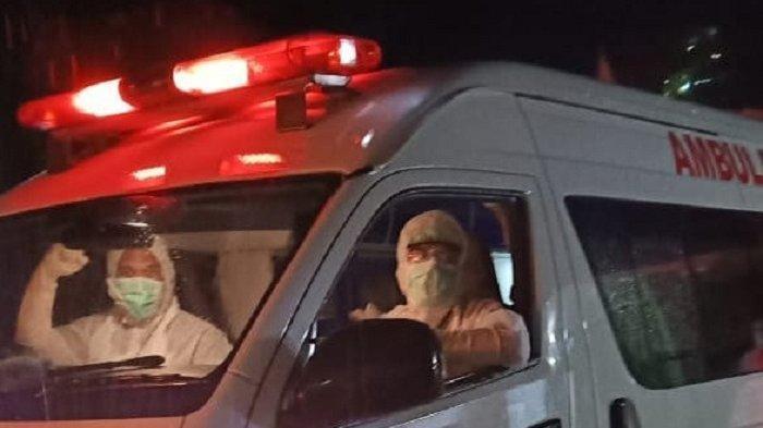 Oknum PNS Justru Halangi Laju Ambulans Pembawa Pasien, Ulah ASN Langsung Viral di Medsos