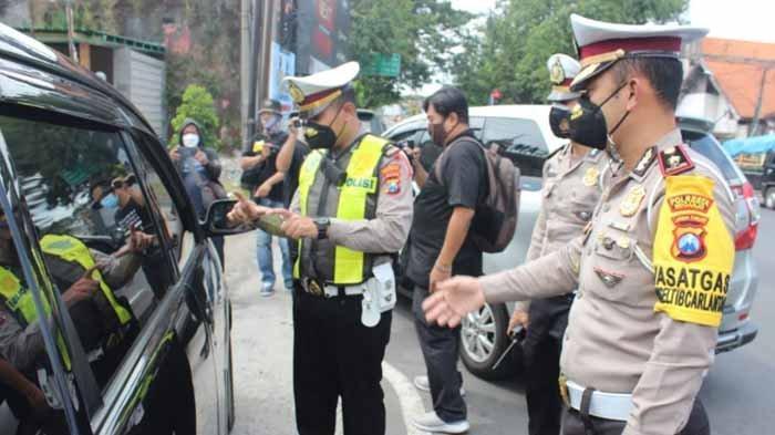 Info Mudik Surabaya, Sidoarjo dan Gresik: Plat Non L dan W Dipaksa Putar Balik & Patroli Jalan Tikus
